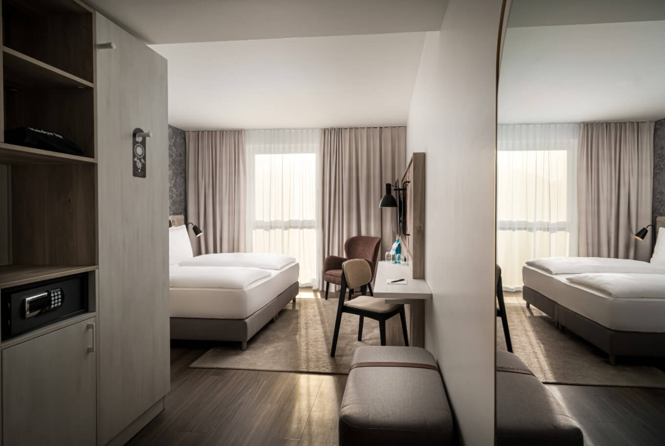 Overnight stay in a superior room at Arthotel ANA Rostock.
