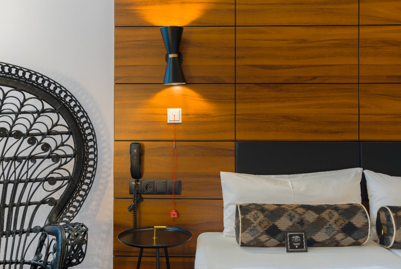 Handicapped accessible room at the Arthotel ANA Diva