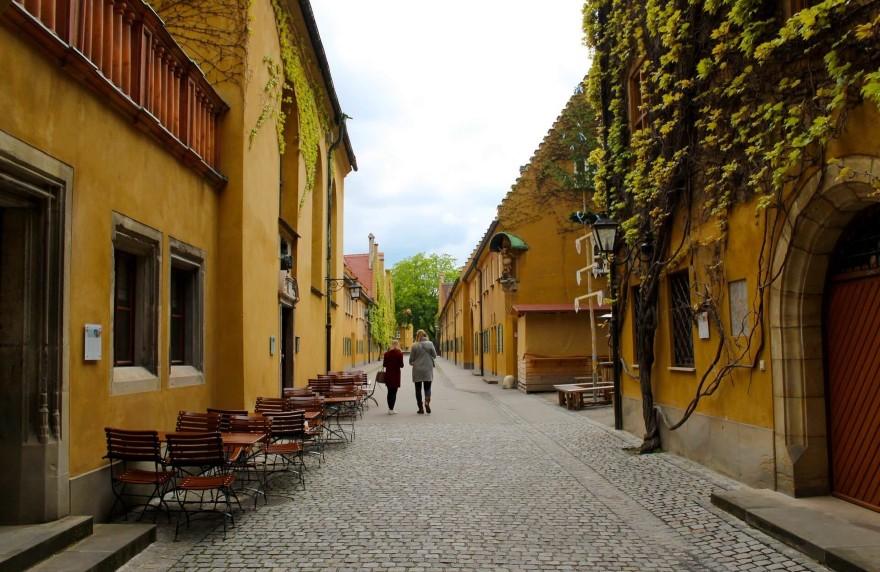 Überachten in Augsburg und am nächsten Tag sightseeing.