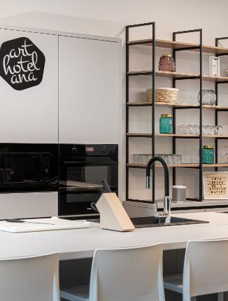In der Social Kitchen von unserem Arthotel ANA Living Augsburg kochen.