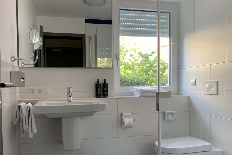 ANA Living Karlsruhe - Badezimmer