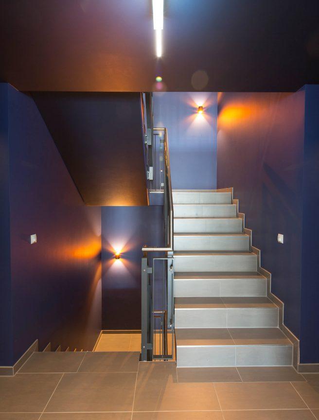Das Treppenhaus im ANA Living Karlsruhe by Arthotel ANA.