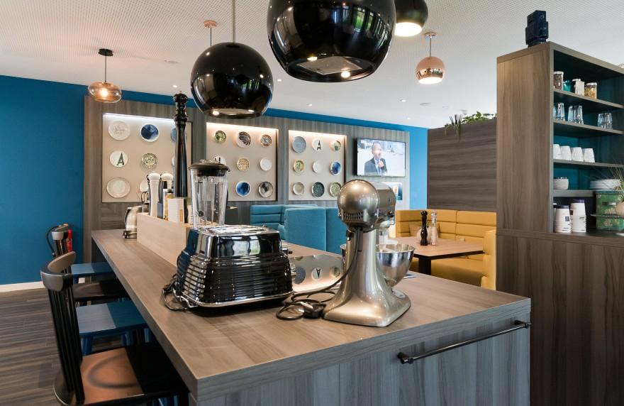 Unsere Social Kitchen im Arthotel ANA Living Stuttgart bietet sich perfekt zum gemeinsamen Kochen an.