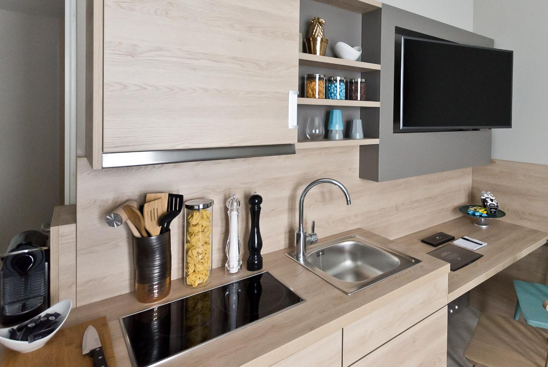 In unserem Arthotel ANA Living wird Ihnen auch eine voll ausgestattete Küche angeboten.