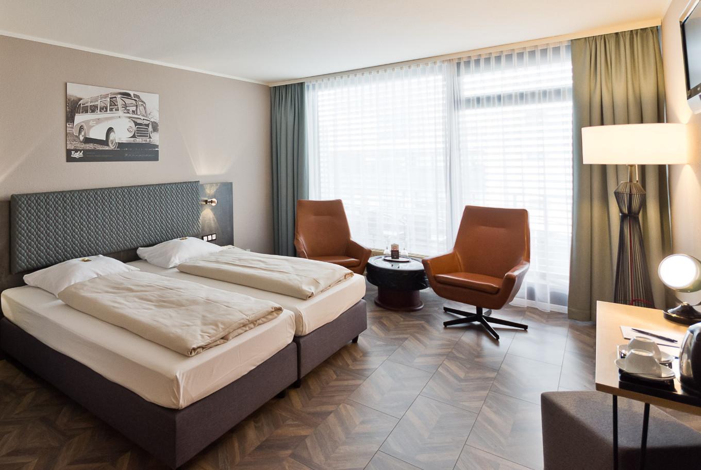 Übernachten Sie in einem der geräumigen Doppelzimmer von unserem Hotel in Stuttgart.