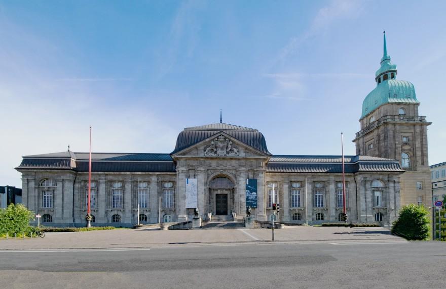 Die Sehenswürdigkeiten liegen ganz in der Nähe von unserem Hotel Darmstadt am Bahnhof.