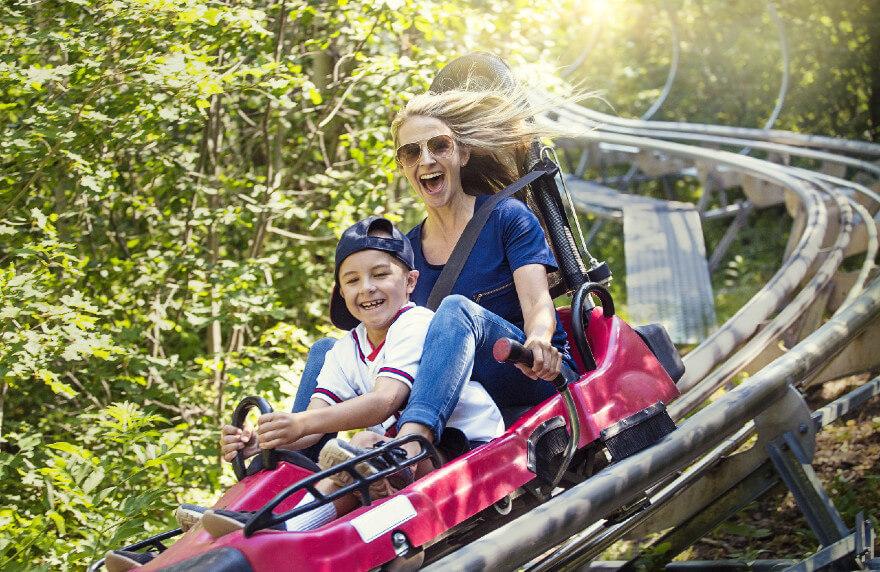 Familienurlaub im Freizeitpark.